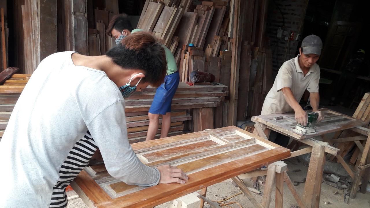 Xưởng gỗ Thạch Thất